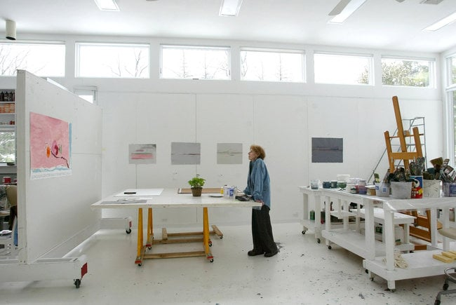 Helen Frankenthaler in her studio in Darien, Connecticut, 2003. Photo by Suzanne DeChillo.