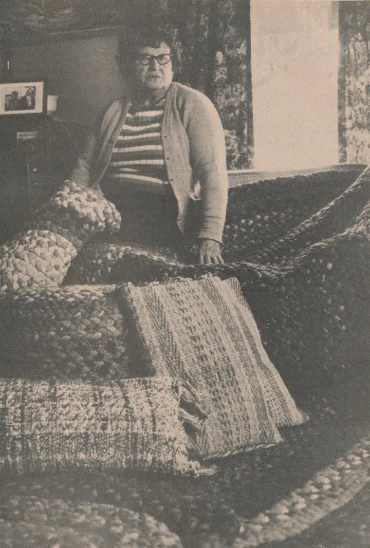 Country-Women-21-weaving.jpg
