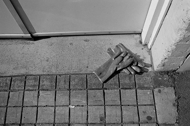 No Gloves, No Loves  #35mm #film #blackandwhite #kurteckardt #ilford