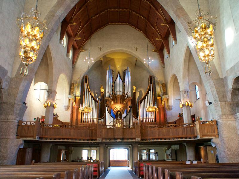 orgel engelbrektskyrkan.jpg