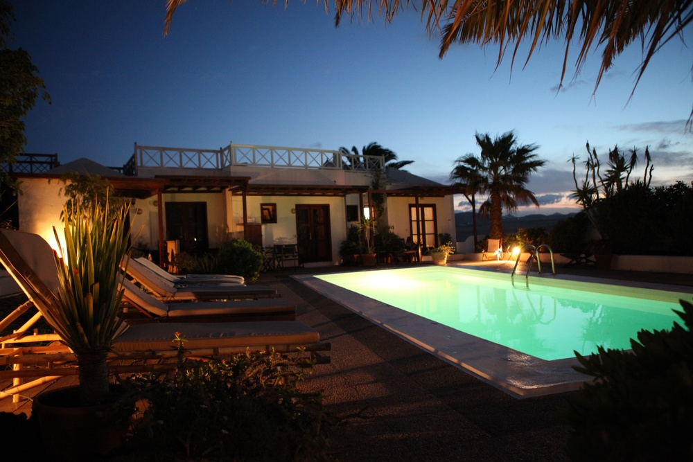 Oasis Surf House   Lanzarote