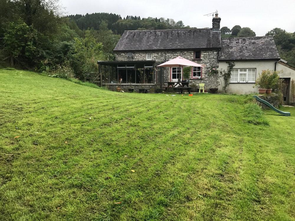 THE HIP HOUSE