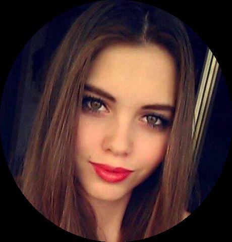 Monika Kreuzerova - Scouter@:monikak@sapphire-models.com