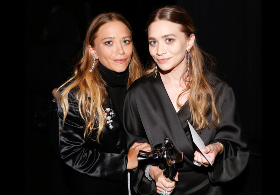 rs_560x389-150602114549-1024.mary-kate-ashley-olsen-cfda-2015.jpg