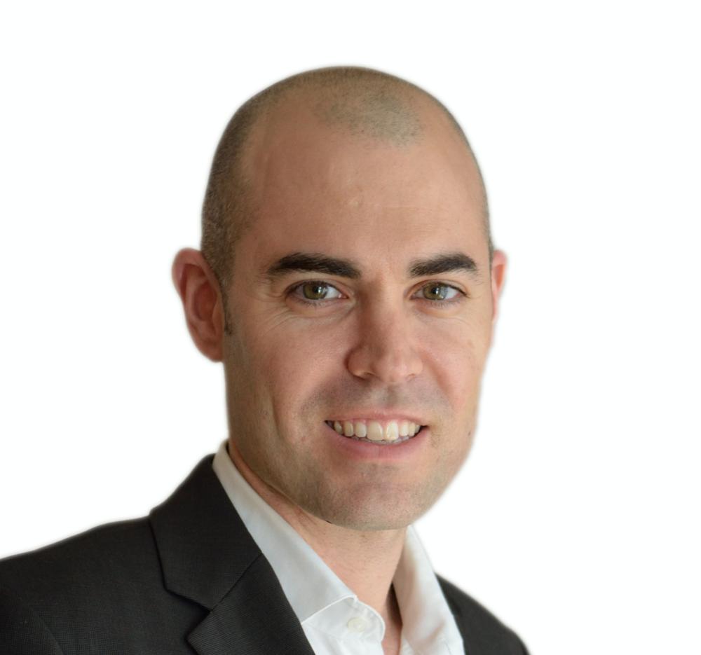 "<a href=""https://www.linkedin.com/in/ernestlara ""target=""_blank"">Ernest Lara →</a><strong></strong><strong>Director Ejecutivo | Richi Social Entrepreneurs</strong>"