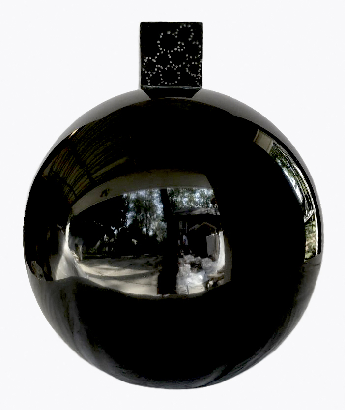 Claire Lieberman, GRENADE WITH FLOWERS, black marble, 2017.