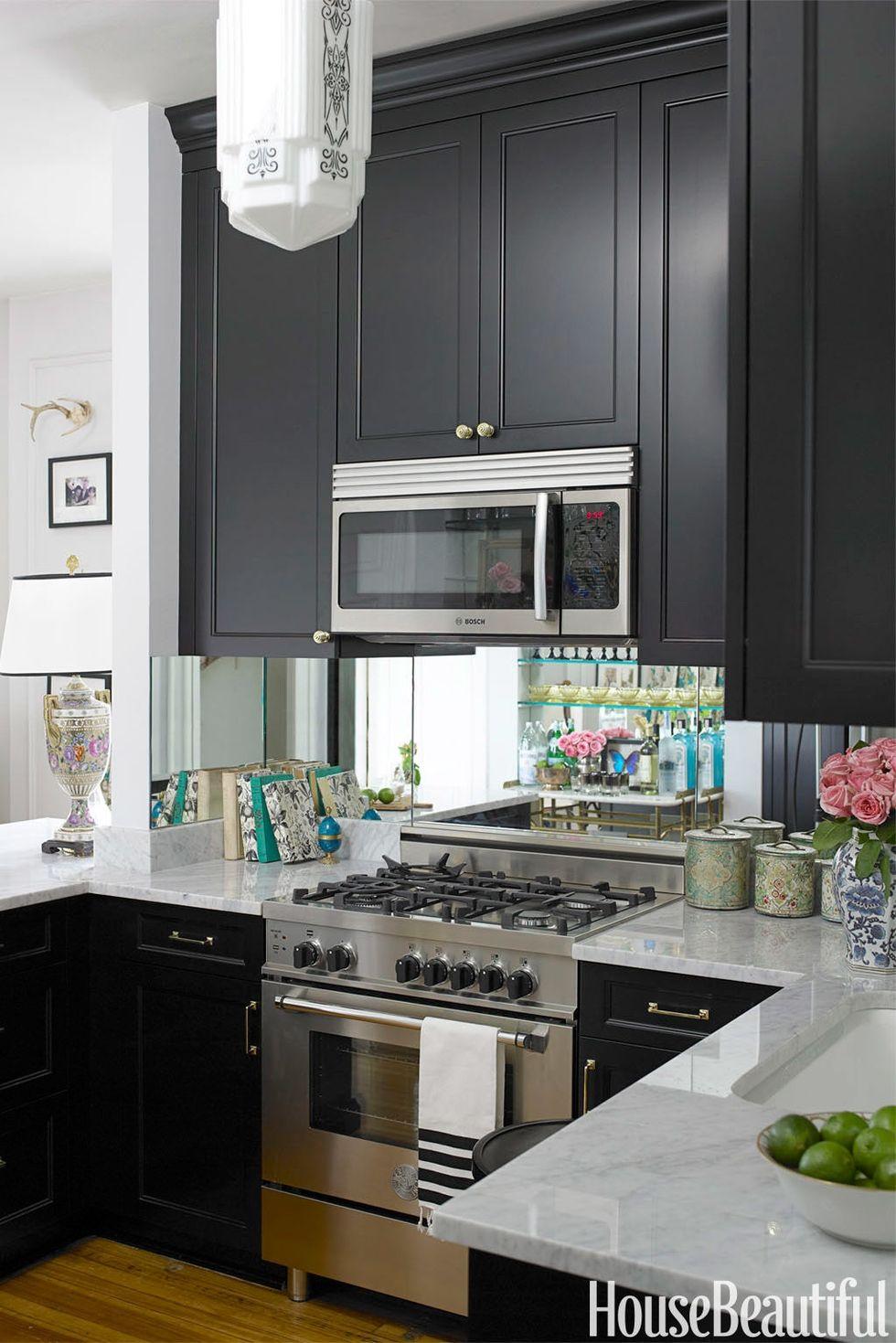 gallery-1424210542-hbx-summer-thornton-kitchen-0711.jpg