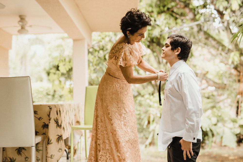 1 D+J Tropical Wedding-5.jpg