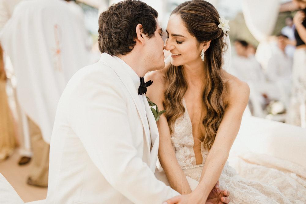 1 D+J Tropical Wedding-85.jpg