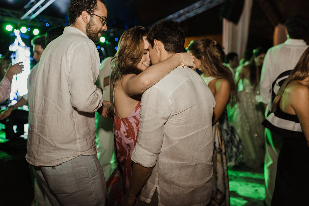 1 D+J Tropical Wedding-150.jpg