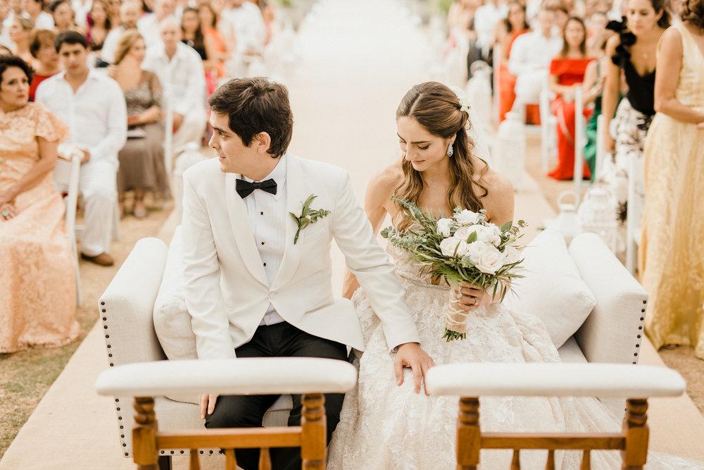 1 D+J Tropical Wedding-64.jpg