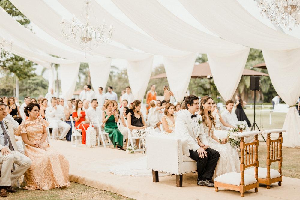 1 D+J Tropical Wedding-67.jpg