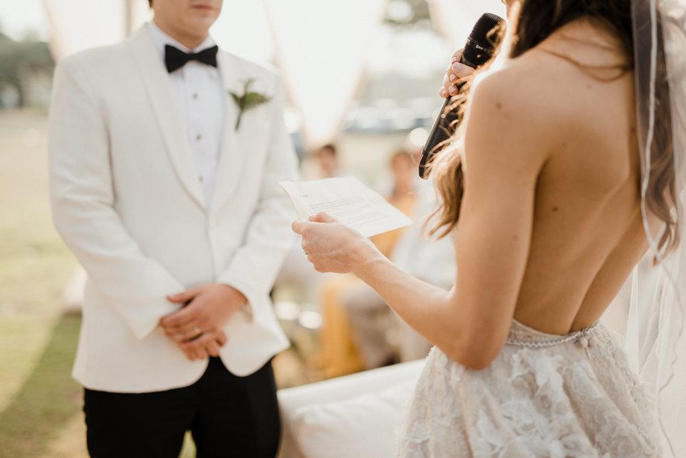 1 D+J Tropical Wedding-79.jpg
