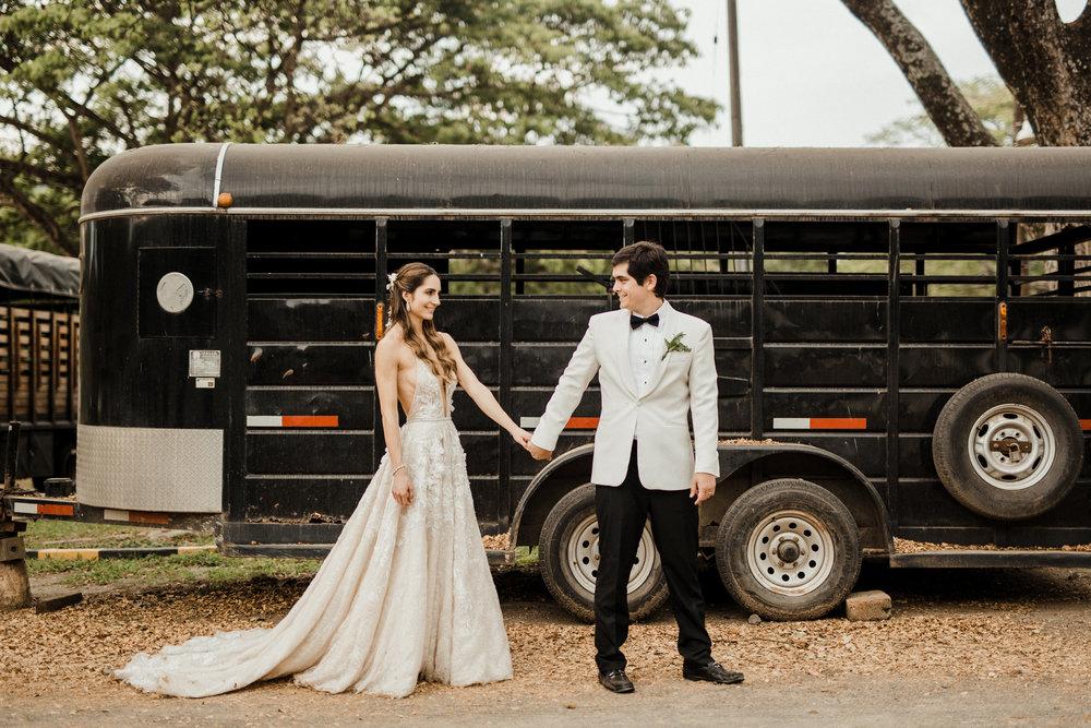 1 D+J Tropical Wedding-106.jpg
