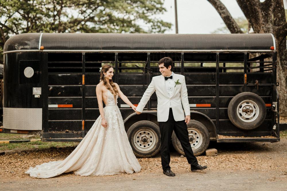 1 D+J Tropical Wedding-107.jpg