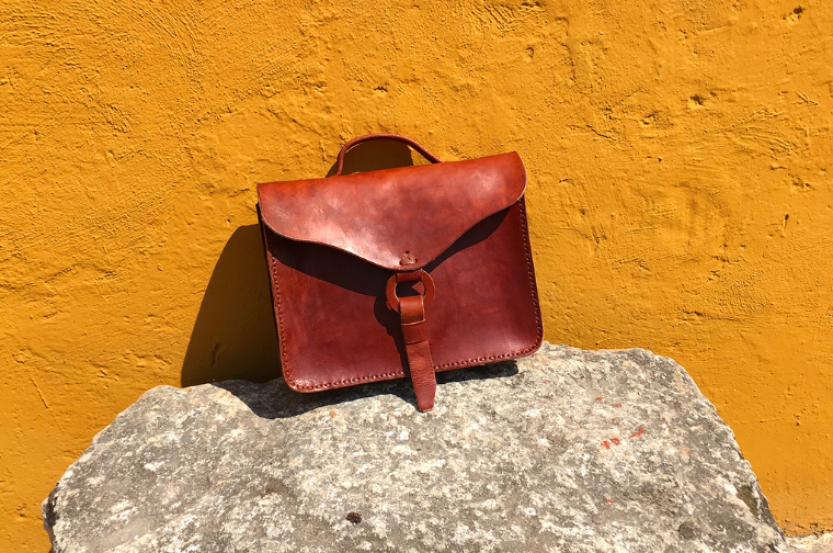 LAS CRUXES - Monsté Cobá Leather Bag (Brick)