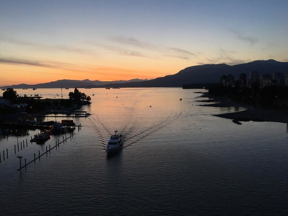 A beautiful image of Vancouver captured by @lolabrig
