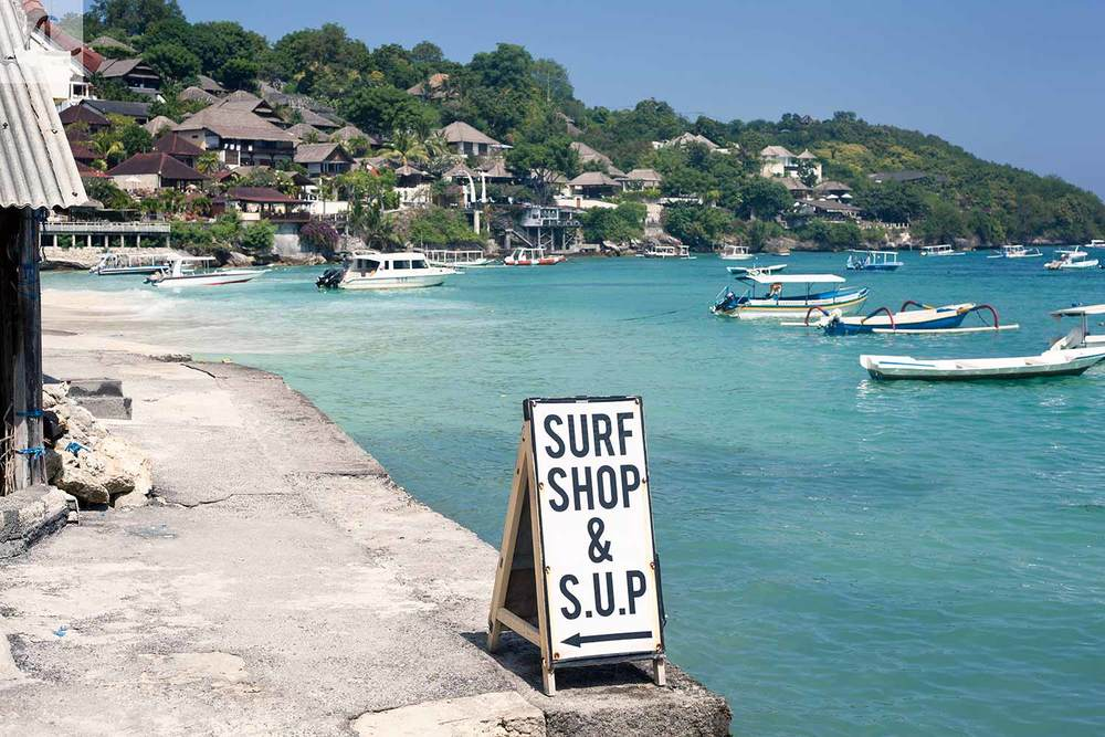 10-amy-lobb-lembongan-sign.jpg