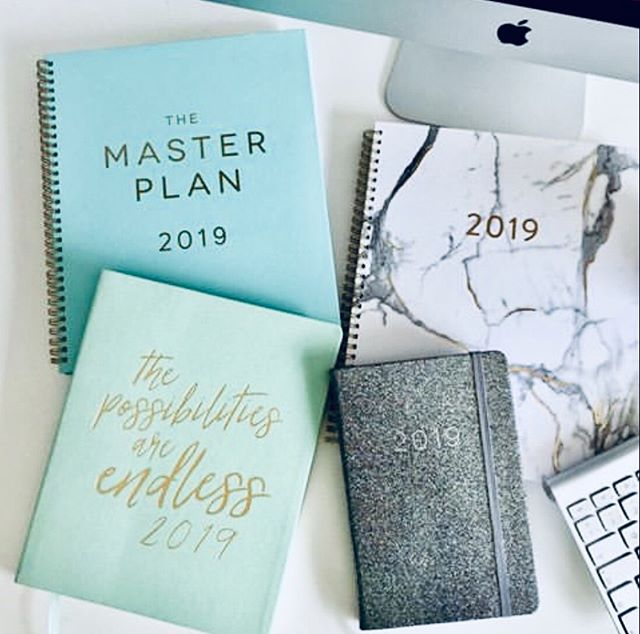 Still got you eye on that 2019 master plan? Visit the link in our bio to track your goals! . . . . #2019goals #eccoloworld #january #planneraddict #eccolo