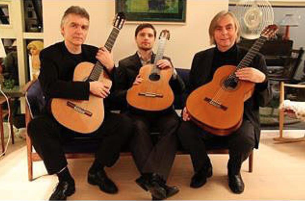 THE ICELANDIC GUITAR TRIO 12.00 Kaldalón, Harpa