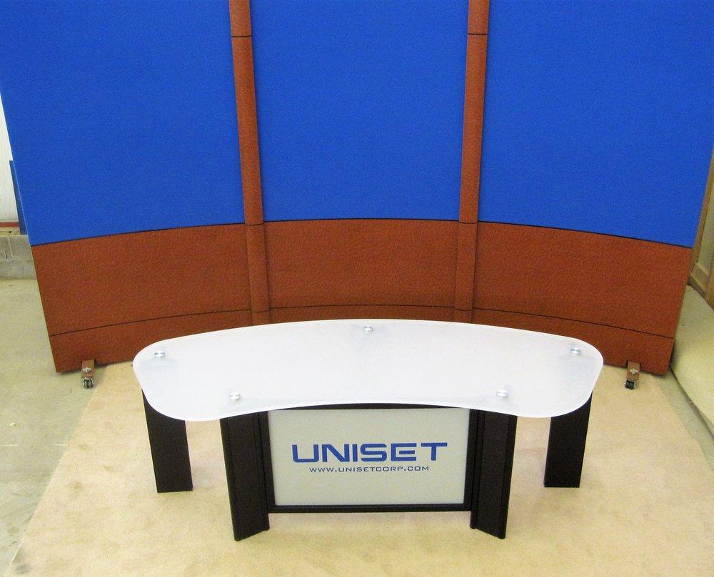 UNI-PRO Desk white acyrlic #3 top and standard RPS .jpg