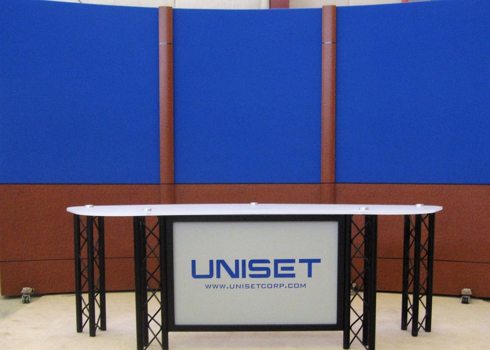UNI-PRO Desk white acyrlic #3 top and standard RPS 2.jpg