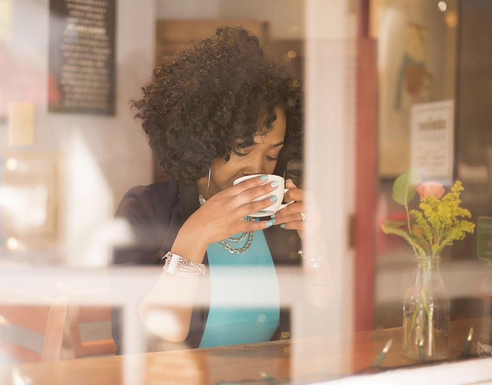 Shermikia Lemon Drinking coffee.jpg