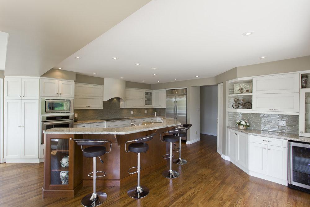 Kitchen Court_Grainge Residence_71.jpg