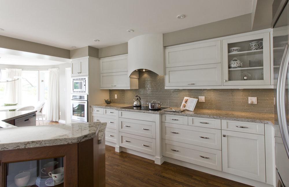 Kitchen Court_Grainge Residence_90.jpg