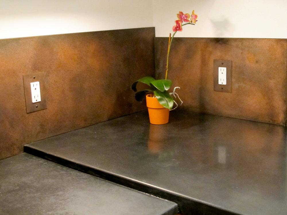 Kitchen Countertop + Backsplash