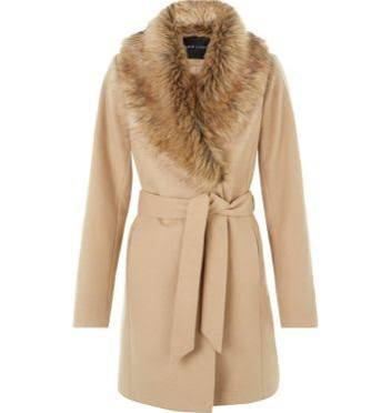 Camel is the statement colour this season and we love it! Combining the faux fur collar and the waist tie, not only is this coat bang on trend, it's also practical for that chilly weather.