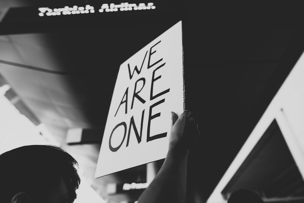 ©The Ryans Photography - LAX No Ban No Wall Protest-13.jpg