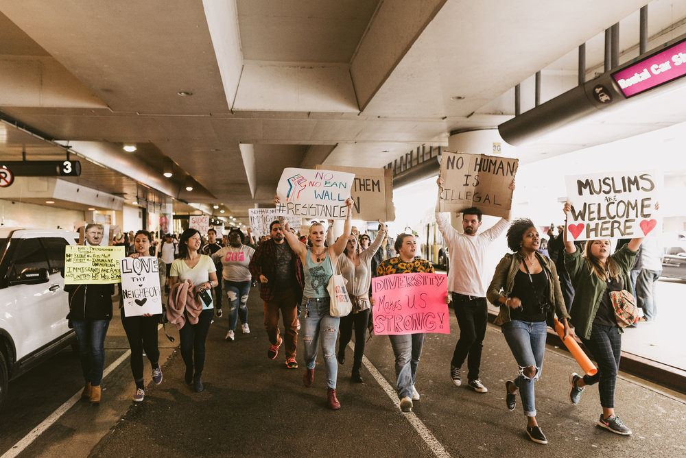 ©The Ryans Photography - LAX No Ban No Wall Protest-27.jpg