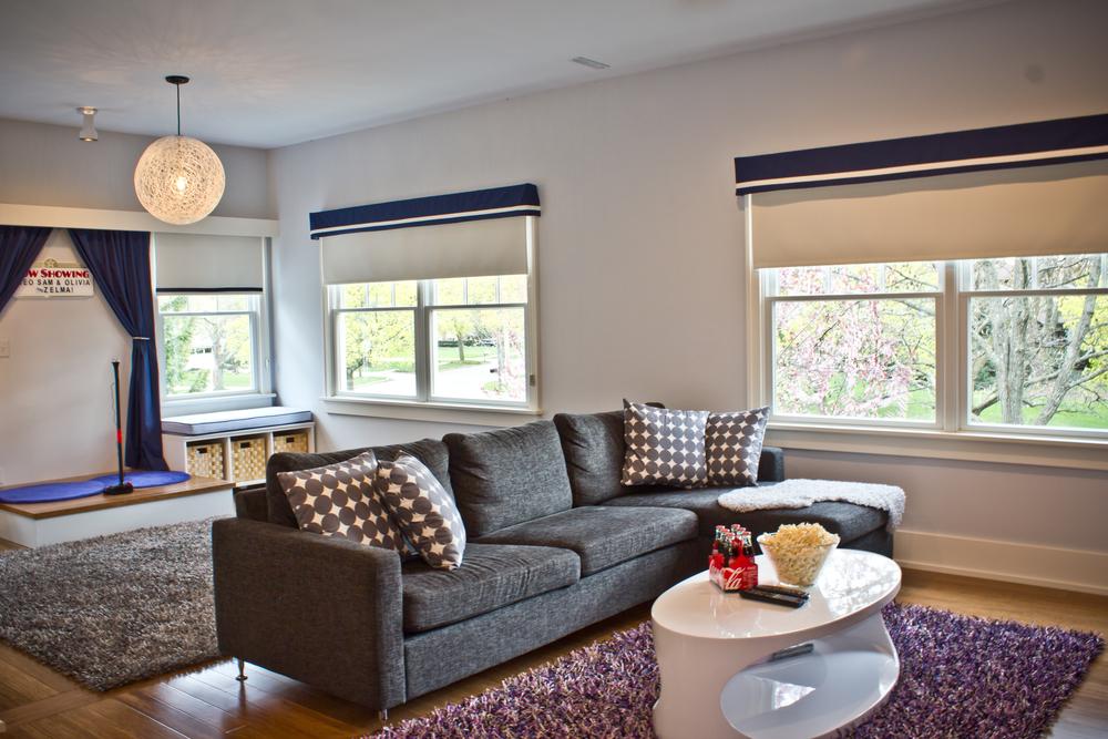 Fuchsia-Design-Scandinavian-Tv-Room