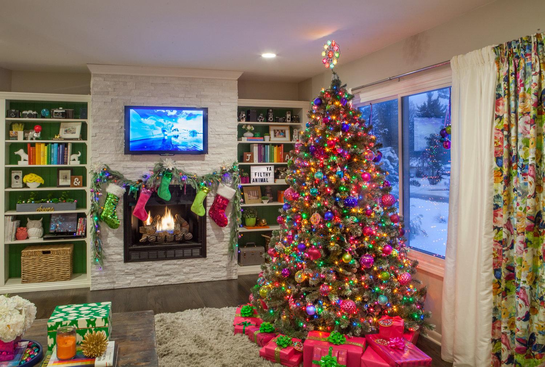 colorful christmas tour - Colorful Christmas Tree