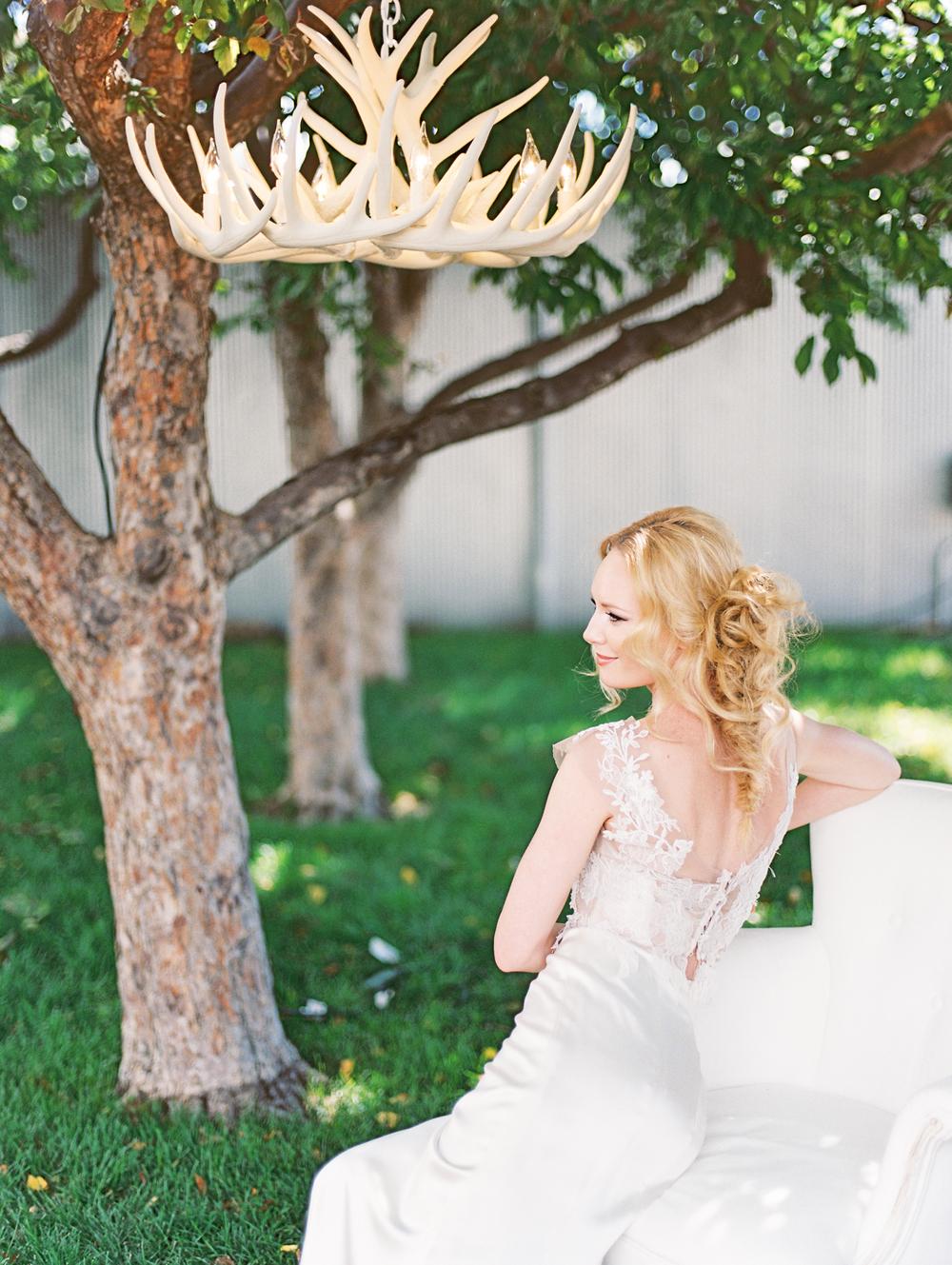 Blanc-Denver-wedding-inspiration-by-Lisa-O'Dwyer-Denver-fine-art-wedding-photographer-45.jpg