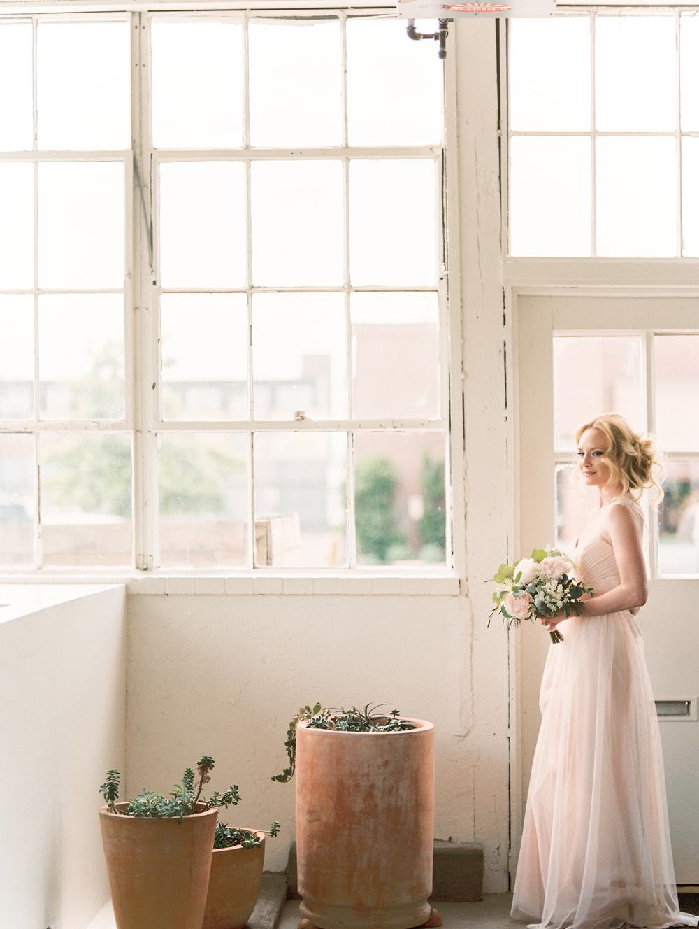 Blanc-Denver-wedding-inspiration-by-Lisa-O'Dwyer-Denver-fine-art-wedding-photographer-5.jpg