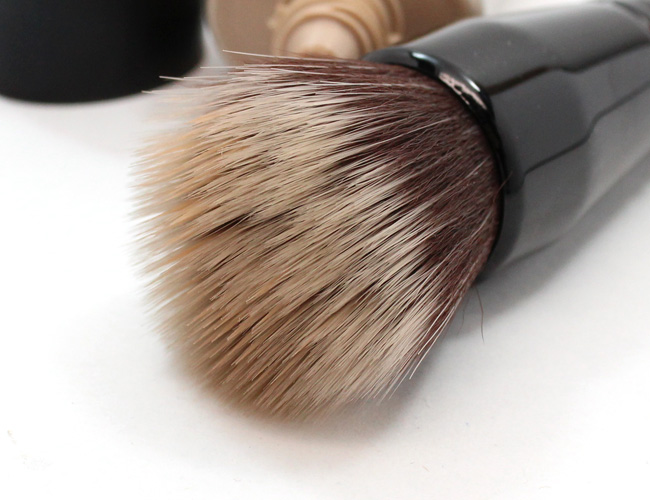bareMinerals Smoothing Face Brush is PERFECT to use when applying the new Complexion Rescue Tinted Hydrating Gel Cream