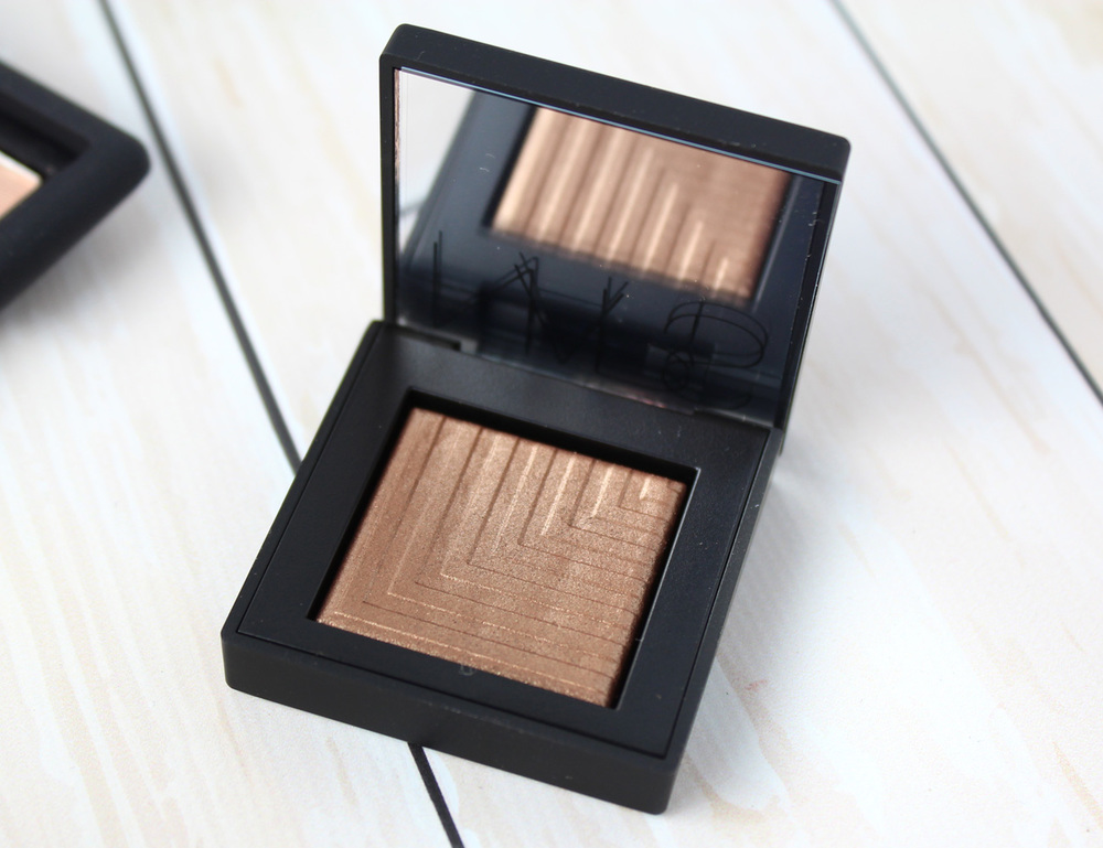 NARS Fall 2015 Color Collection: Telesto Eyeshadow