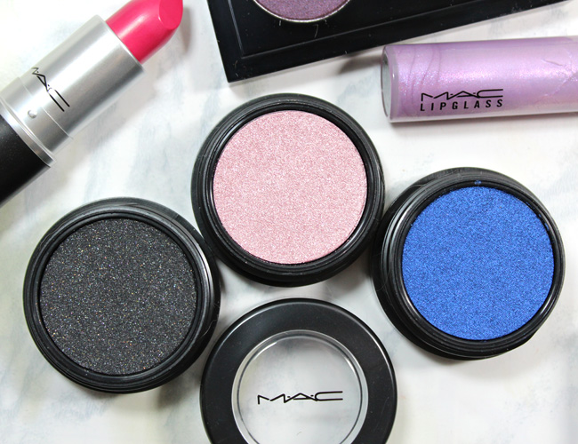 MAC A Novel Romance Collection: Electric Cool Eyeshadow Blacklit, Love Power, Switch to Blue
