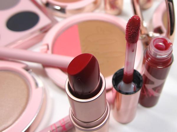 MAC RiRi Hearts MAC RiRi Woo Lipstick & RiRi Woo Lipglass