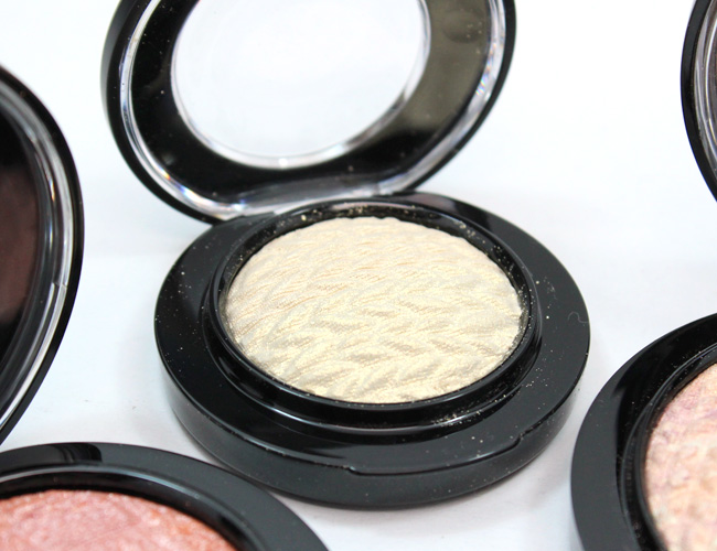 MAC Lightness of Being: MAC Mineralize Eye Shadow Spiritual Life