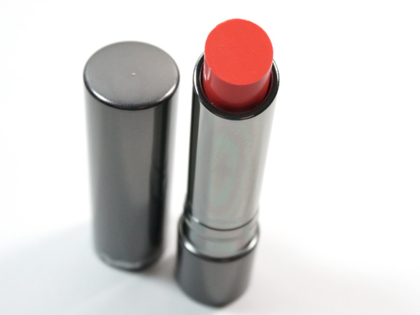 MAC Huggable Lipcolour Fashion Force