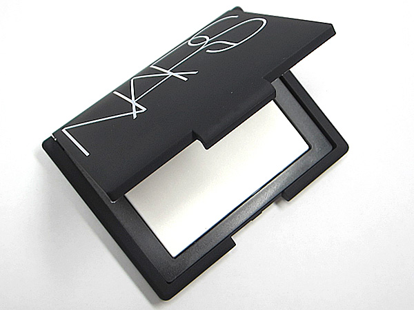 NARS Light Reflecting Setting Pressed Powder