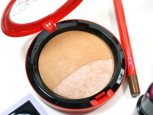 Must Haves from the MAC Osbournes Collection: Refresh Mineralize Skinfinish