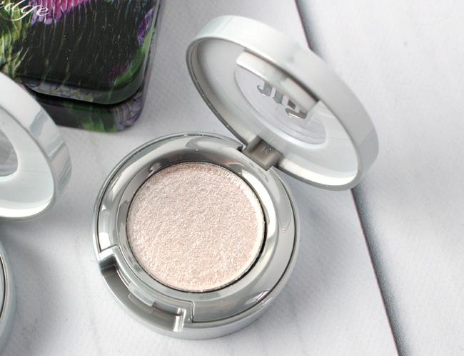 Urban Decay Moondust Eyeshadow: Cosmic