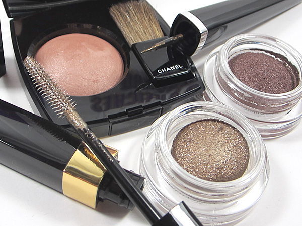 Collection Nuit Infinie de CHANEL Holiday Collection
