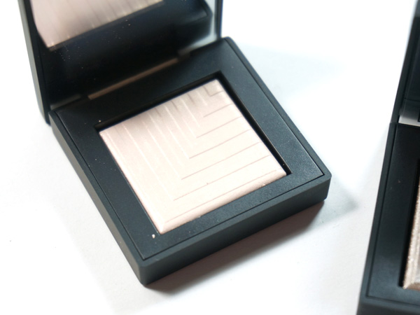 NARS Dual-Intensity Eyeshadow Andromeda