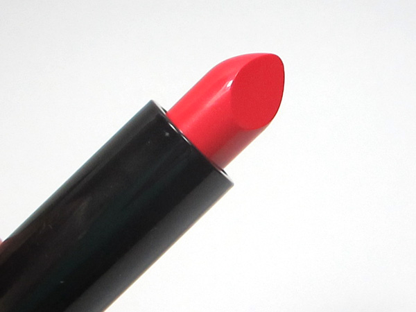 MAC Tropical Taboo: Mineralize Rich Lipstick Lady at Play