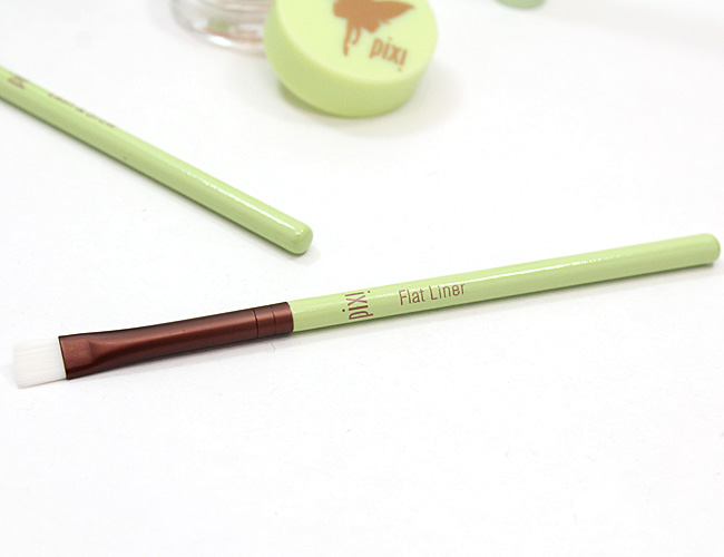 Pixi Beauty Flat Liner Brush